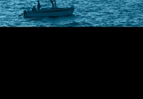 Voilier naviguant au bord des côtes odis-c